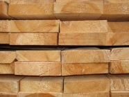 Обрезная доска из лиственницы 50 х 200 х 6000 мм